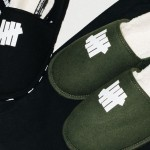 UNDEFEATED House Slippers (アンディフィーテッド ハウス スリッパ)