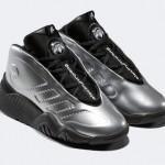 【5月25日】Alexander Wang x adidas AW Futureshell